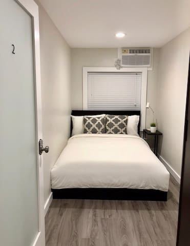 1 BR PODS w Shared Bath, near LAX and Beach - 2