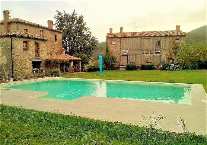 Villa - 50 km from the beach - Frontino - Casa de camp