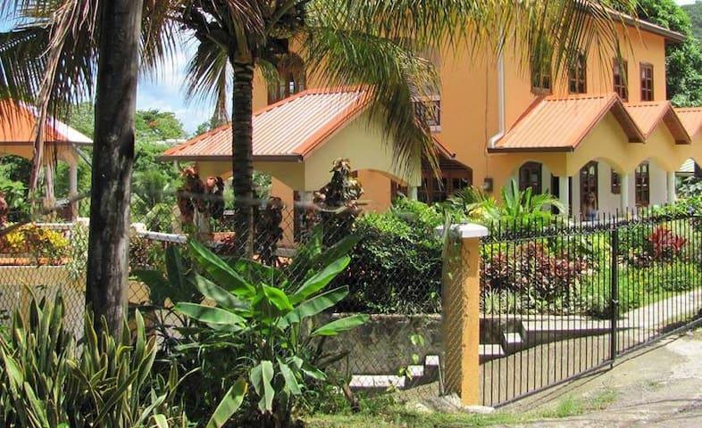 Villa Papillon, Marigot Bay, Saint Lucia