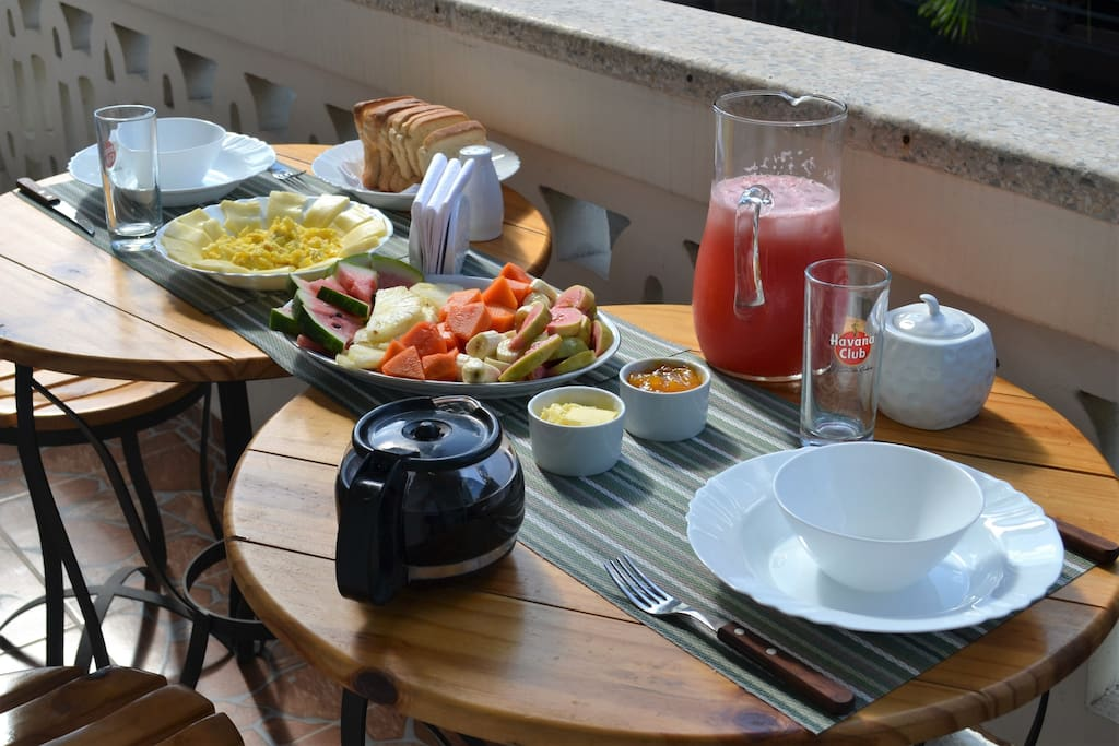 Breakfasts at the nice terrace (5 cuc per breakfast per person) personalized service