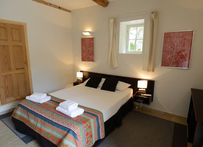 Chateau du Puits es Pratx Petite Regisseur bedroom