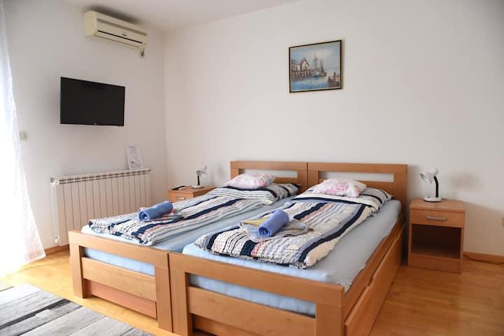 Apartman Eva #4****
