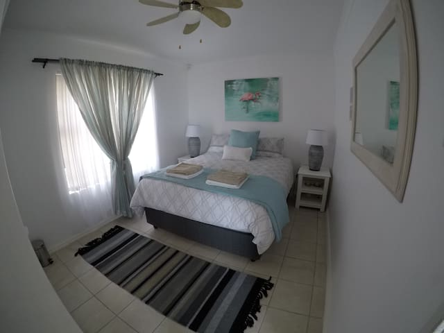 Natural Blue, 21 Tunmer Drive - Jeffreys Bay - Rumah