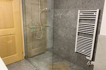 Bath with generous shower area