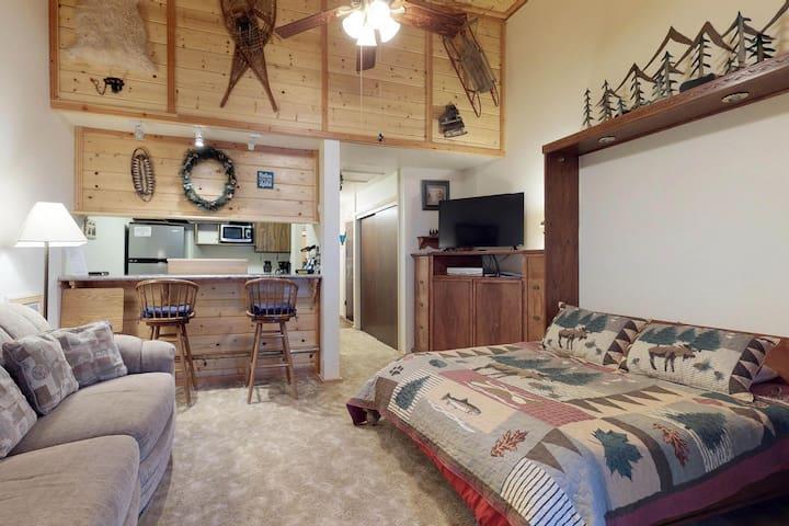 Cozy, dog-friendly studio w/ shared pool, hot tub, tree-lined views, near lake