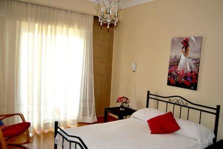 Ηλιόλουστο οικογενειακό διαμέρισμα - Kavala - Lägenhet