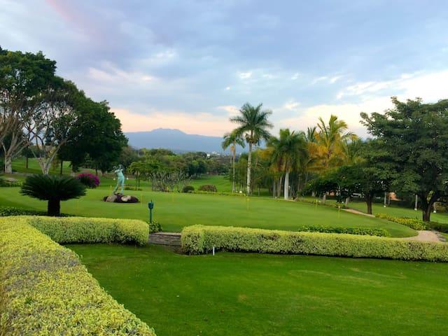 Precioso departamento de lujo en Club de Golf - Cuernavaca - Pis