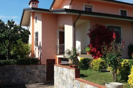 La Bouganville - Massarosa - Villa