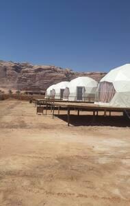 Wadi rum 星月帐篷
