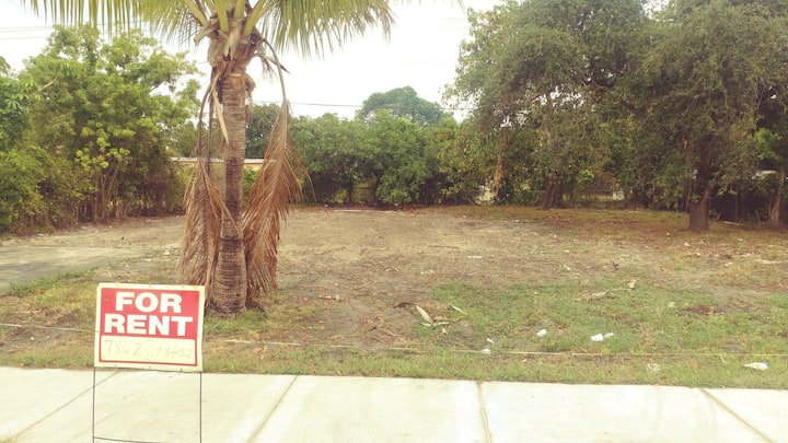 RV LOT 7500 Square feet  for Rent Miamigardens