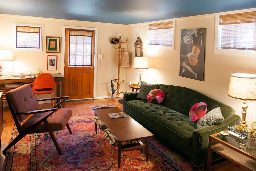 cold spring chat rooms Coldspring park- living room renovation/interior design services  benjamin moore's spectra blue, covers the shelves and walls in the living room,.