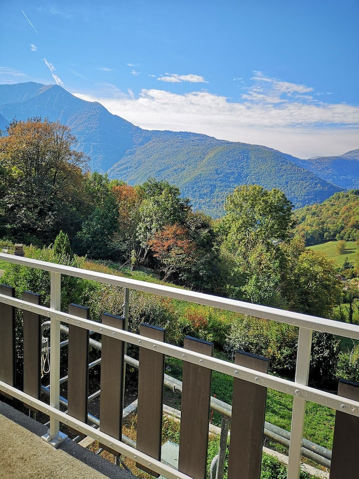 Studio spacieux, balcon vue montagne