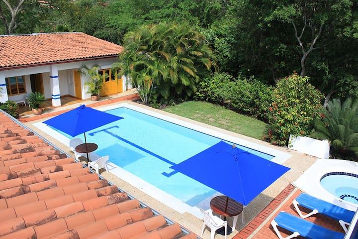 Condominio Entrepuentes entre naturaleza y confort - Apulo - House