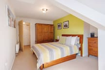 Roomy main bedroom