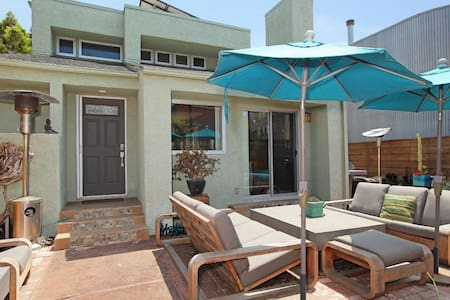 Beach and Canal House - Los Angeles