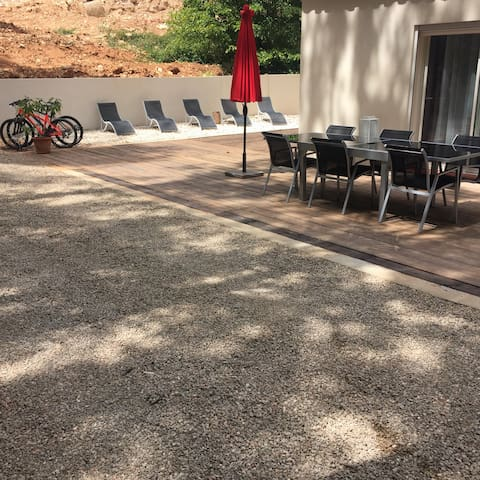 villa - Nans-les-Pins - House
