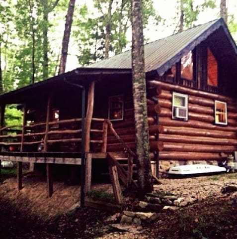 Authentic Log Cabin in the Red River Gorge - Slade