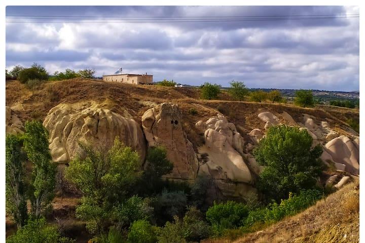 Gomeda Andromeda private stone lodge inside Valley