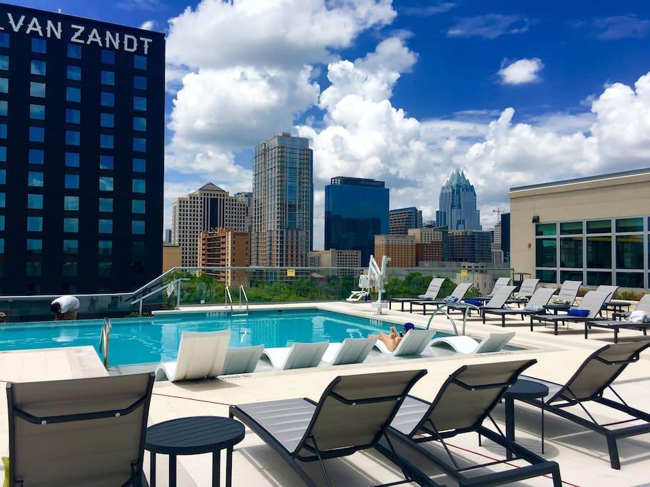 8th floor pool