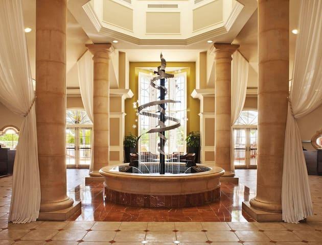 Hilton Grand Vacations Club At Seaworld (2Bdr)