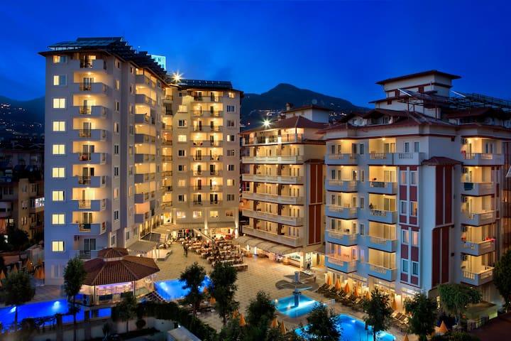 Villa Sunflower Aparts&Suites Hotel - Alanya - Leilighet