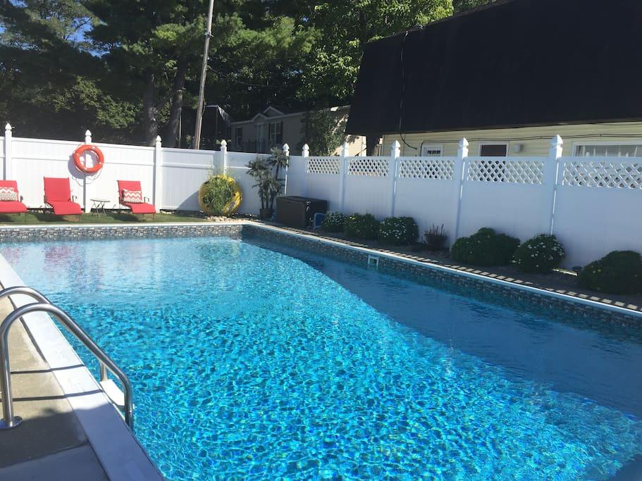 Pool and Lake access