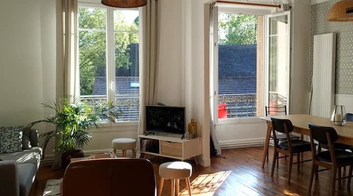 Joli appartement à 7 min de la gare RER D