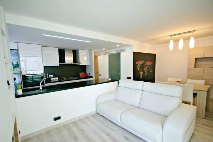 Apartamento con piscina comunitaria - Arenys de Mar - Apartment