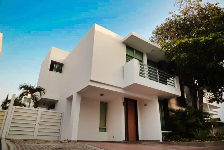 Casa con 3 habitaciones en Villa Campestre