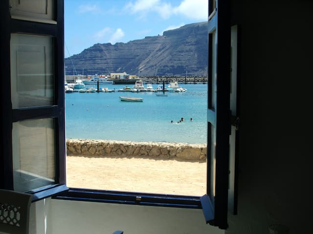 Joya del Agua 4 ventanas a pie de mar LUJO Y RELAX - Caleta del Sebo - Casa
