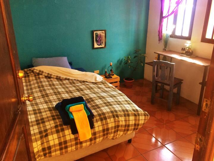 ☯The Blue Room. San Pedro, Volcán de Agua.