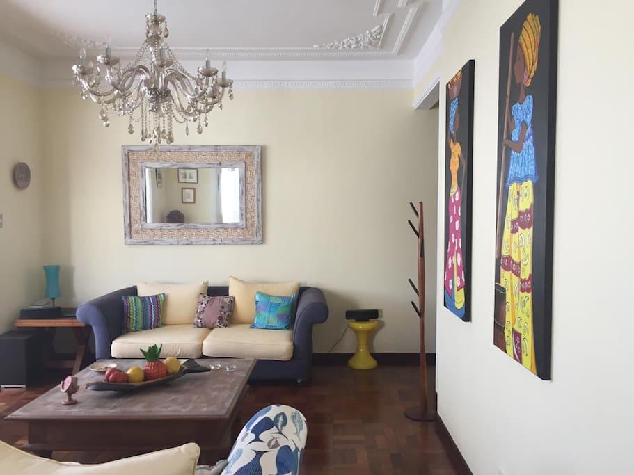 Living room / Sofa