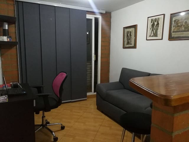 Great apart-studio excellent Location! good price