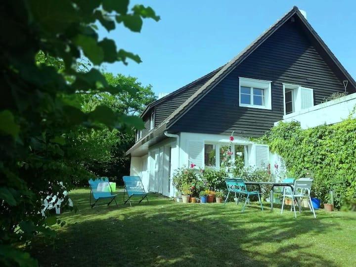 Maison entière avec jardin 4 ch, 3 sdb