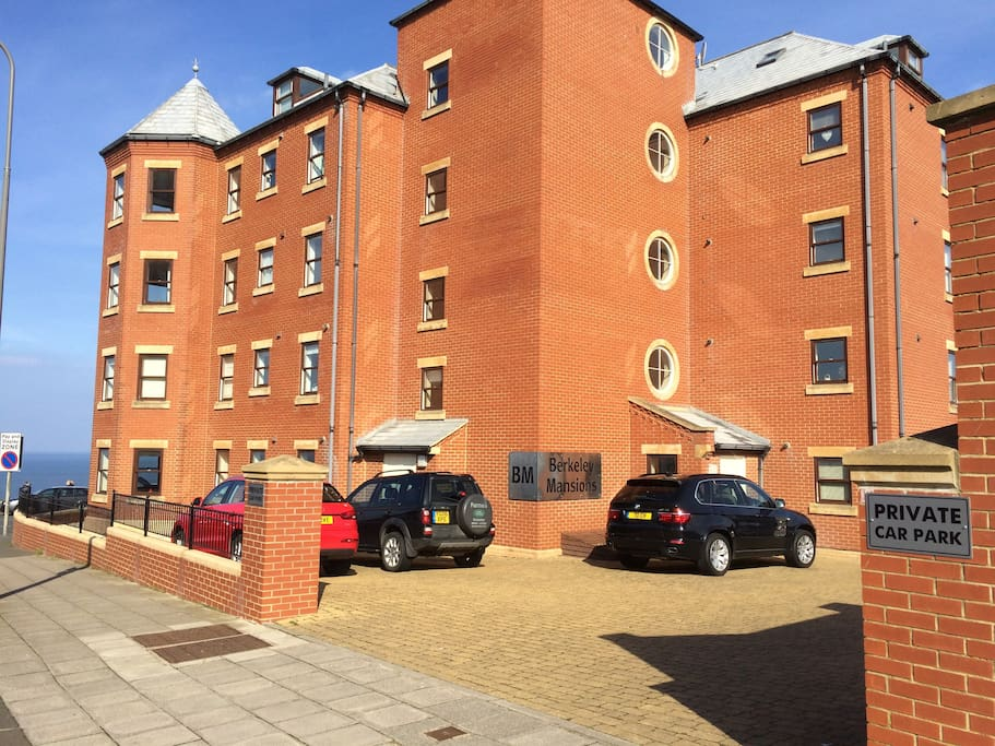 Apartment, car park and entrance
