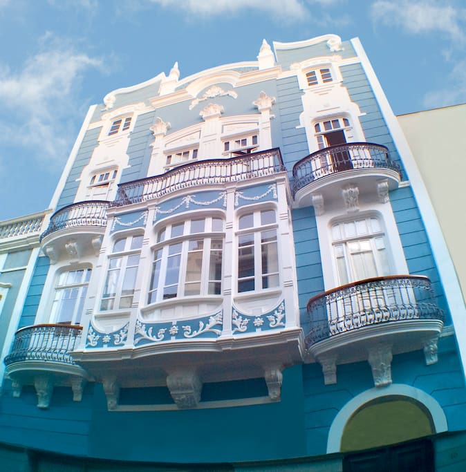 Downtown house shared dormitory bed and breakfasts for - Houses in gran canaria ...
