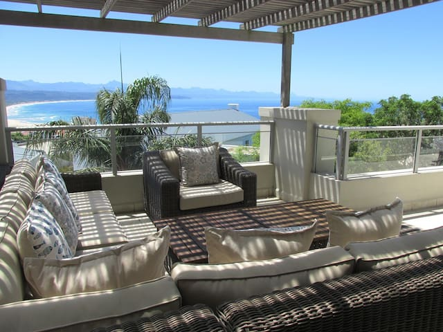 RELAXING RETREAT with STUNNING VIEW - Plettenberg Bay - Appartement