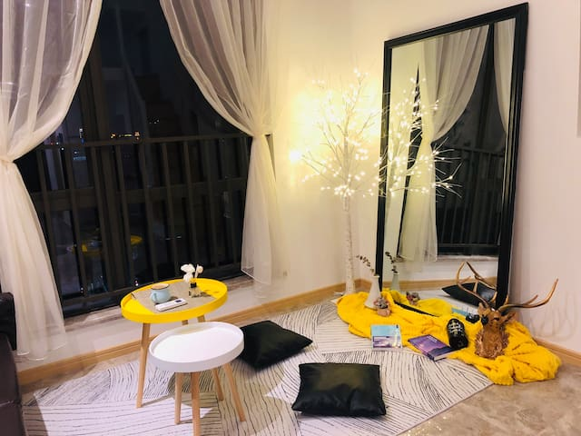 Adan民宿【ins-清新】loft纯手工植物墙ins风智能入住机场、宝龙广场、万达、市中心、五店市