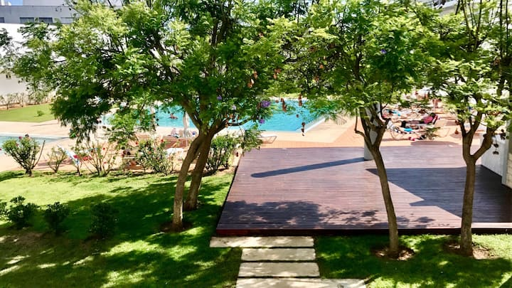 Beautiful condo in the marina complex with pool