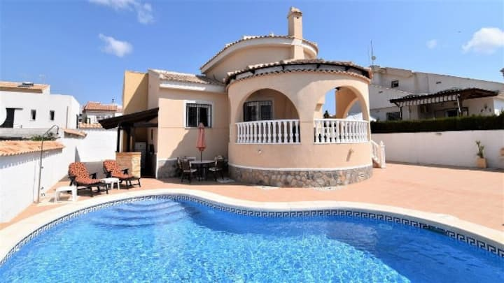Casa Sonrisas! A lovely villa with private pool!