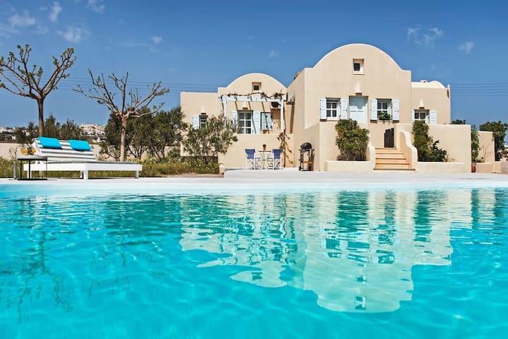 GRSRSAN402-Premium Villa with Privte Swimming Pool