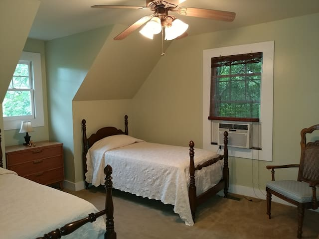 upstairs bedroom number two