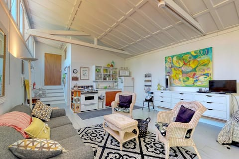 Quiet and dog-friendly studio, walking distance to the harbor!
