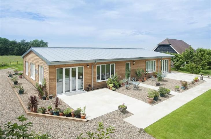 Apple Barn - Stelling Minnis - Bungalow