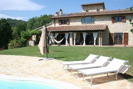 Casale Le Scarsine, Giove, Umbria - Province of Terni