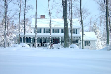 Lakeside Estates Bed and Breakfast Country Home - Otis - Bed & Breakfast
