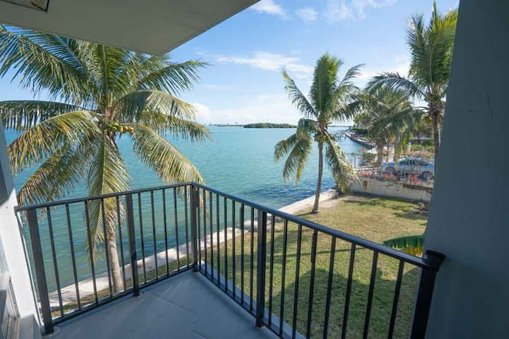 *Spectacular water views - 2 Bedroom 201