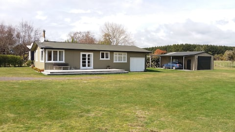 Taupo lakeside house with huge recreational space.
