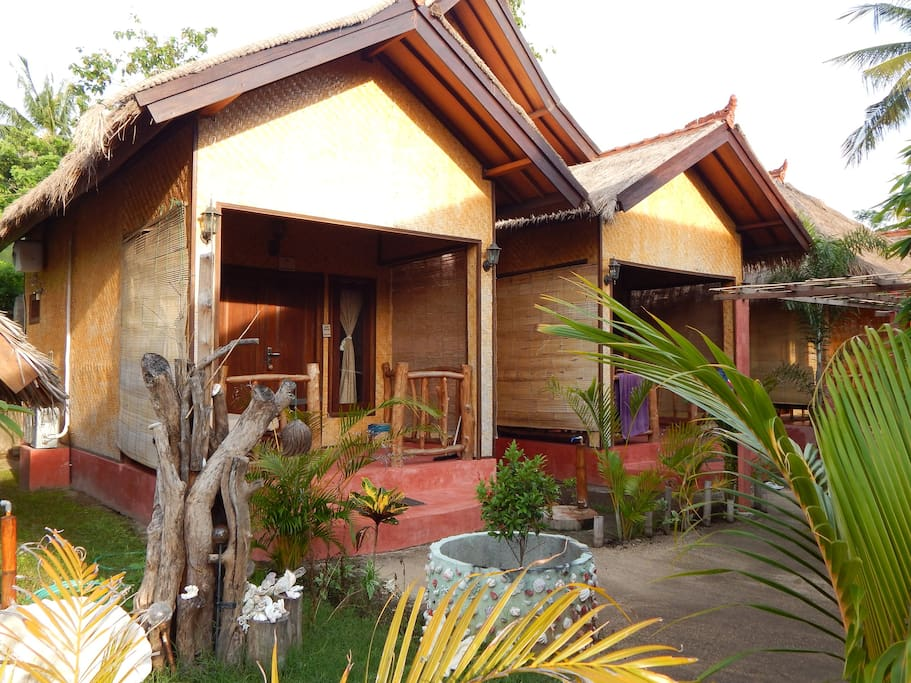 Turtle & Dolphin Bungalows