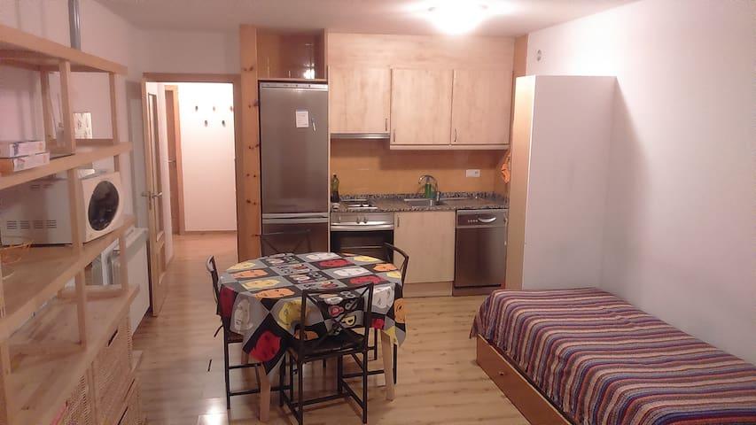 Acogedor a pie pistas con PK i WIFI - El Tarter - Apartment
